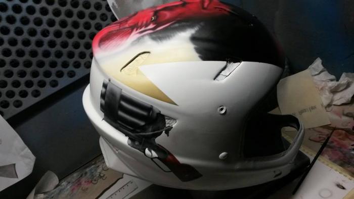Экипировка: Кто тебе шлем покрасил? TLD?