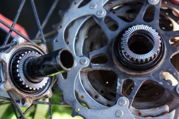 Новое железо: В Shimano запатентовали механизм бесшумной втулки