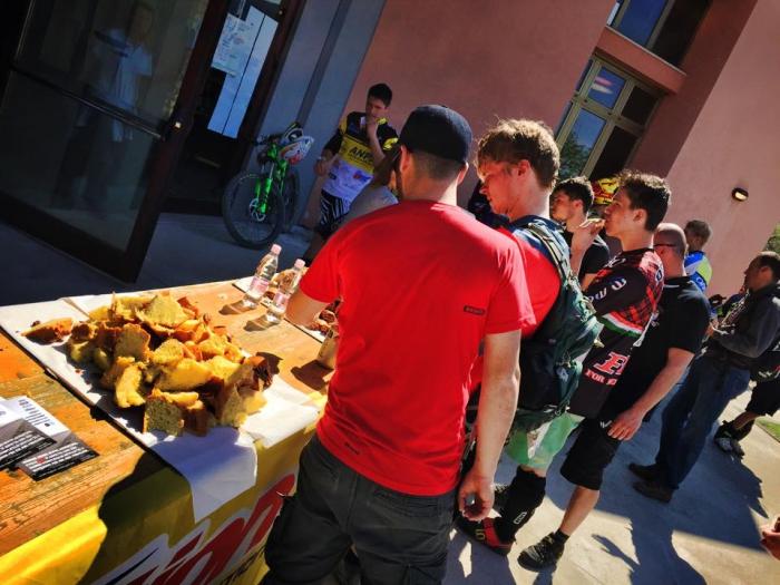 Bad Santa: Раскатка в Словении или первая серьезная эндурная гонка 2015 (SloEnduro)