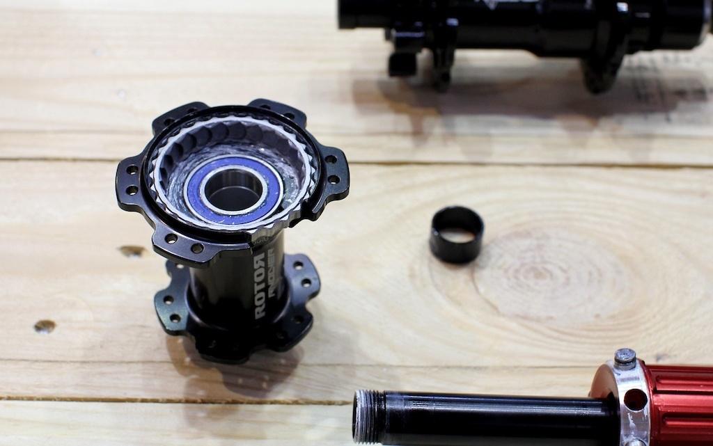 Новое железо: Eurobike 2017: Rotor выпускают новую втулку и шатуны с двумя паверметрами + upd