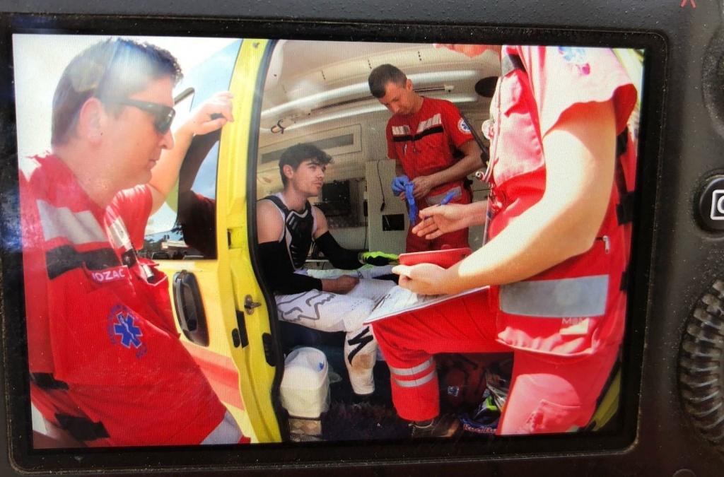 World events: Лоик Бруни сломал руку на трассе в Лошини