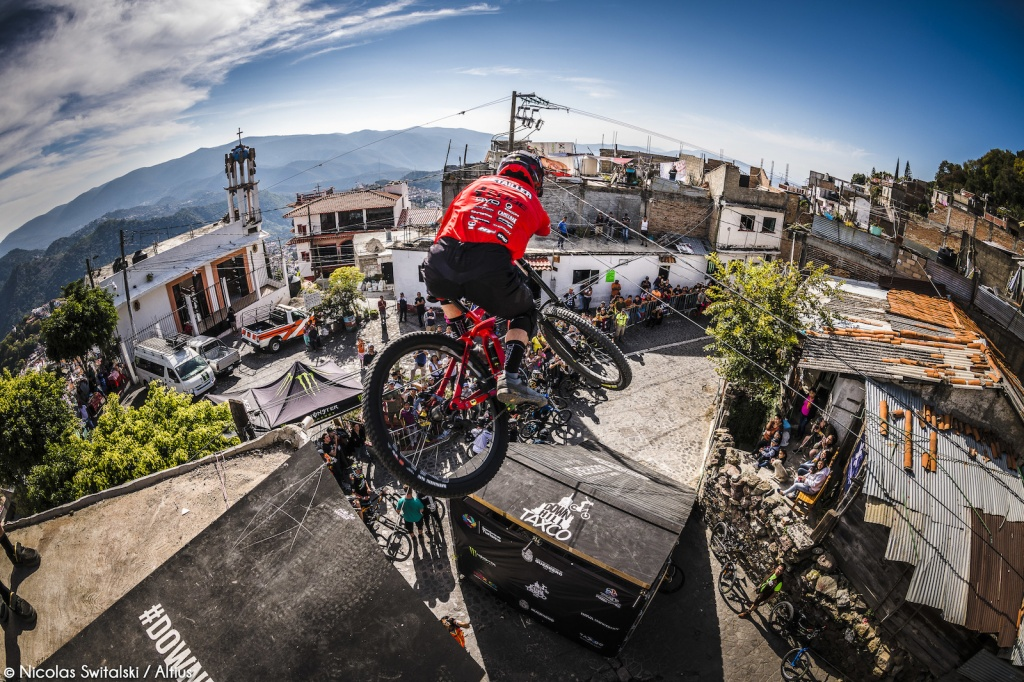World events: Фотоотчёт из Taxco Urban DH 2018