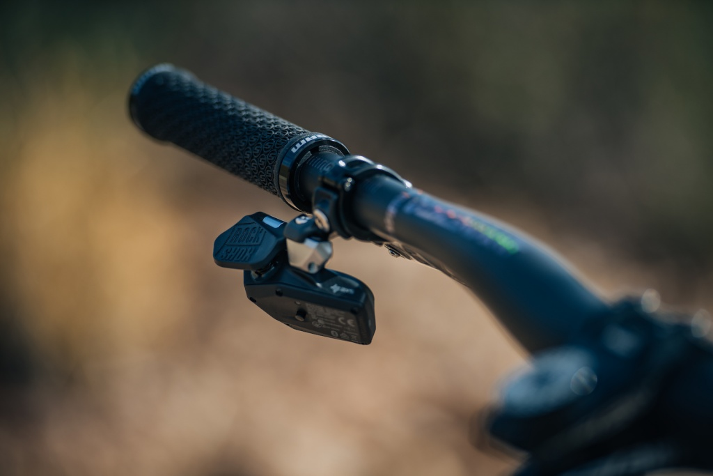 Новое железо: SRAM - скажи НЕТ проводам!