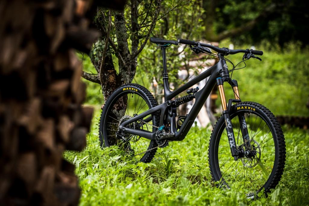 Новое железо: Yeti SB165