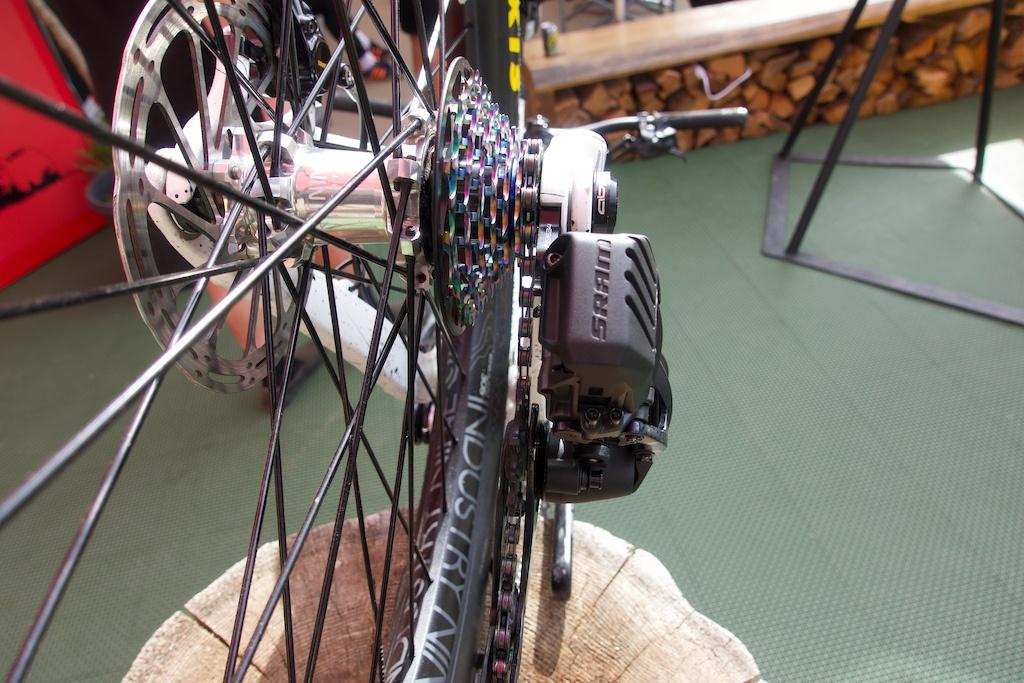Новое железо: Прототип 7-скоростного переключателя AXS от SRAM
