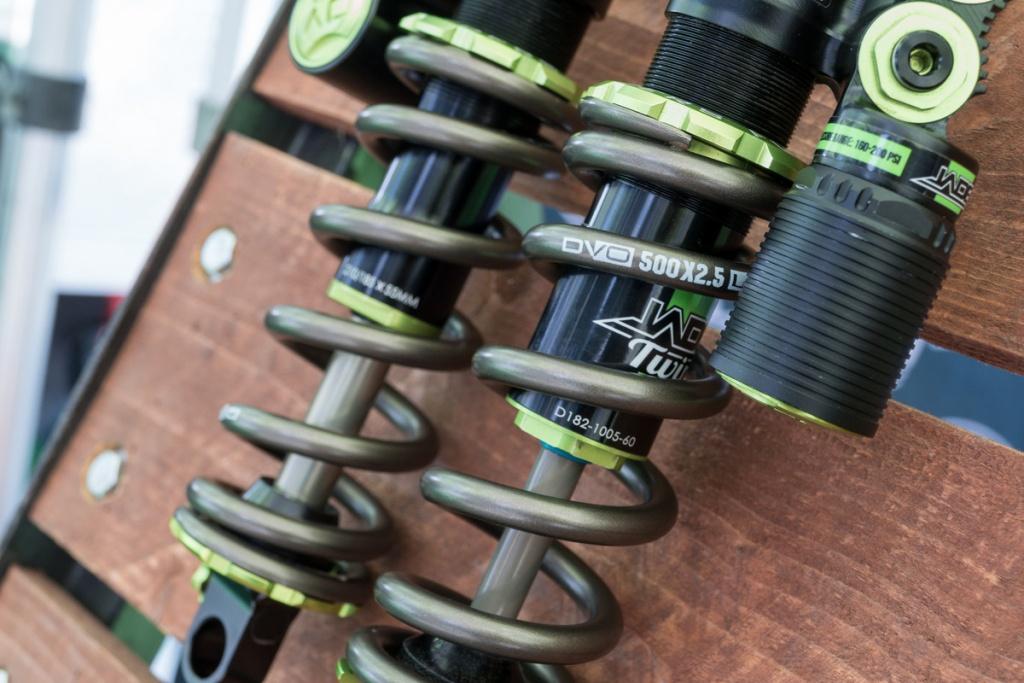 Новое железо: Интересности из боксов Crankworx в Вистлере