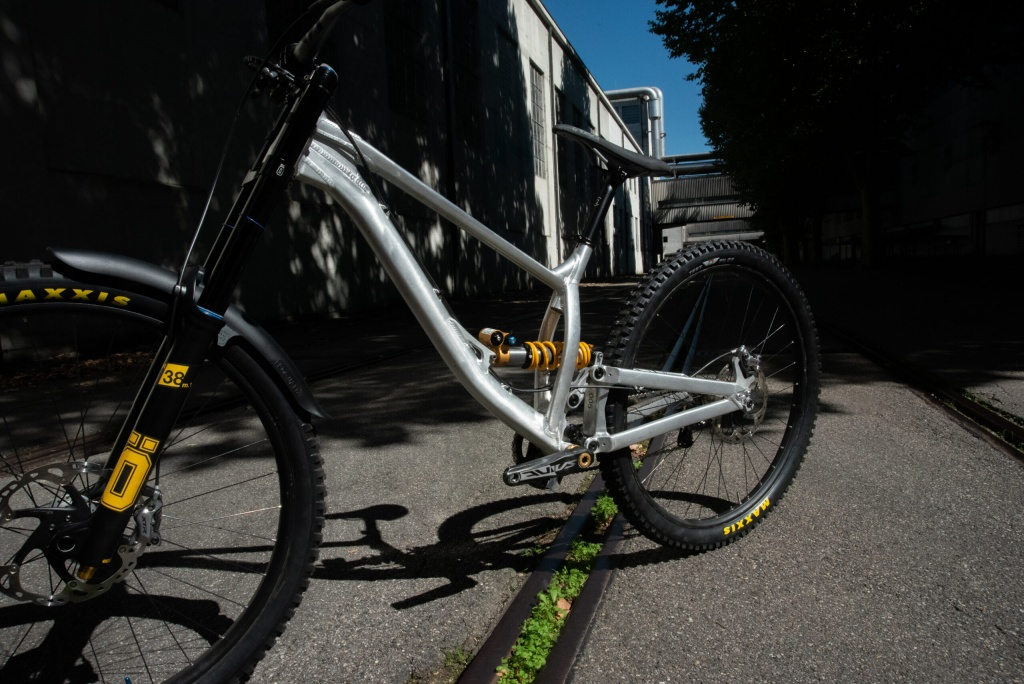 Новое железо: Gamux анонсировали два собственных велосипеда