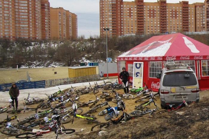 Наши гонки: Анонс соревнований Космический Даунхилл, в Дзержинском карьере, 12 апреля