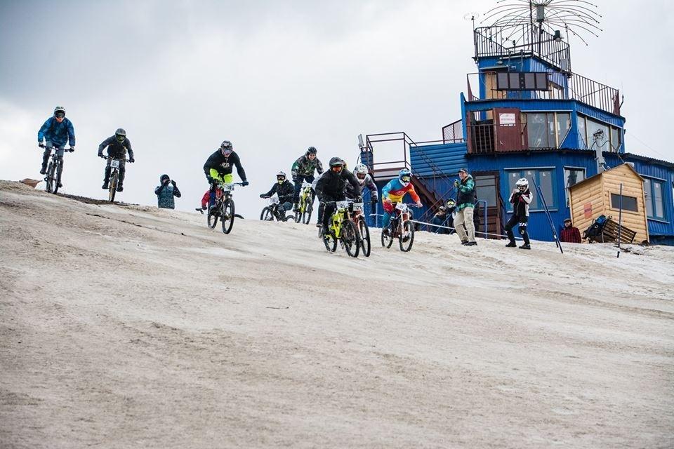 Наши гонки: Снежная гонка в Канте 14 апреля