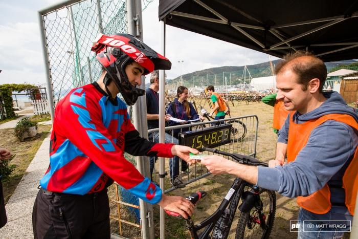 World events: Как участвуют в эндуро, а именно гонка в Sestri Levante