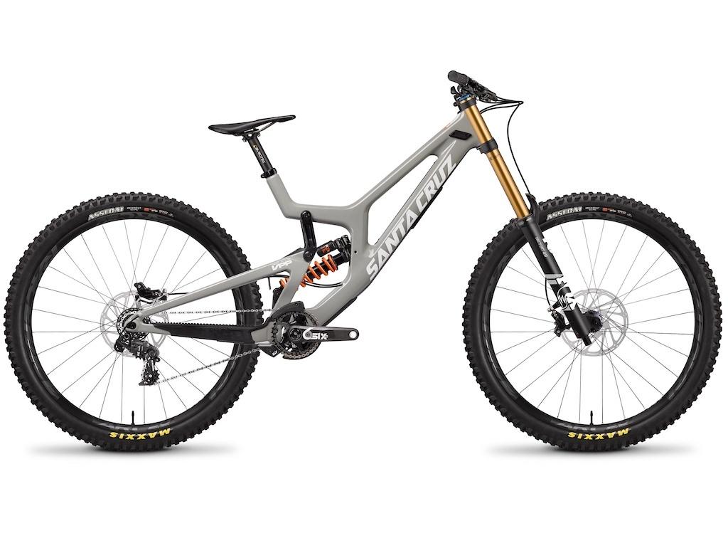 Блог компании Велоимперия: Santa Cruz V10 27.5 и 29 седьмой генерации 2019 года