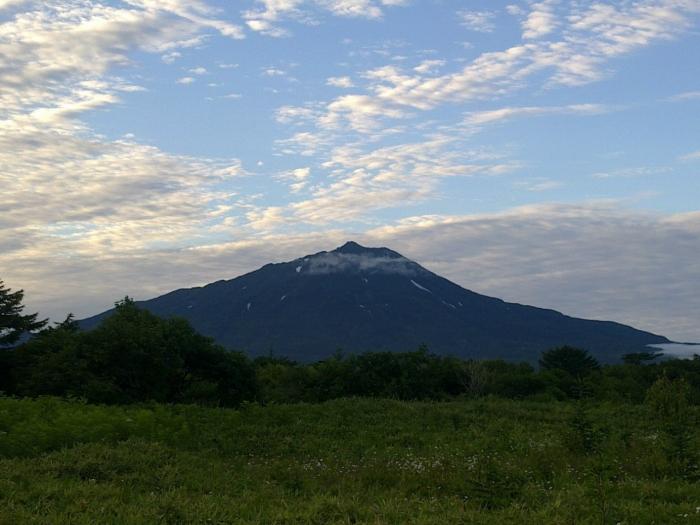 Сахалинские горы.: Как я побывал на краю света с байком. Или путешествие на прекрасный остров Итуруп.