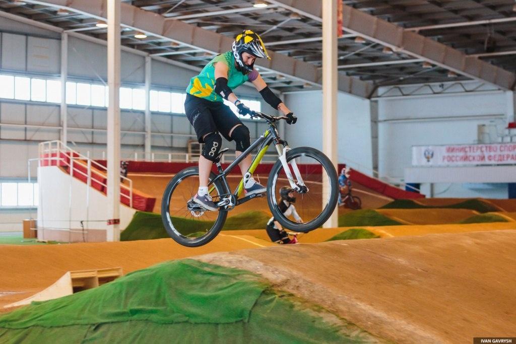 Тренировки: Крытый BMX трек в Саранске, с чем его едят?