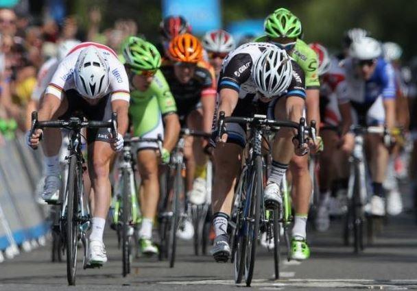 Шоссе/Трек: Опубликована action-съемка шоссейного спринта Дегенкольба
