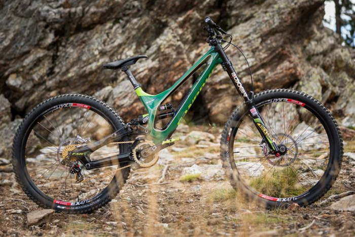 World events: Изучаем Specialized Demo S-works Троя Броснана