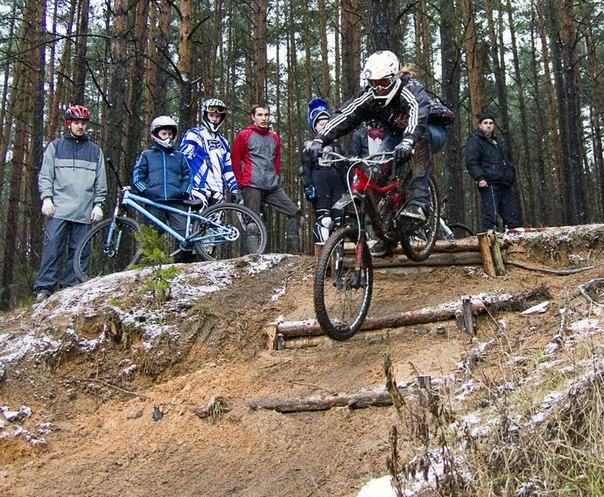 Zelenoffka trailride crew, Минск.: Первый Чемпионат РБ по трейл-райдингу/мини-ДХ 2015