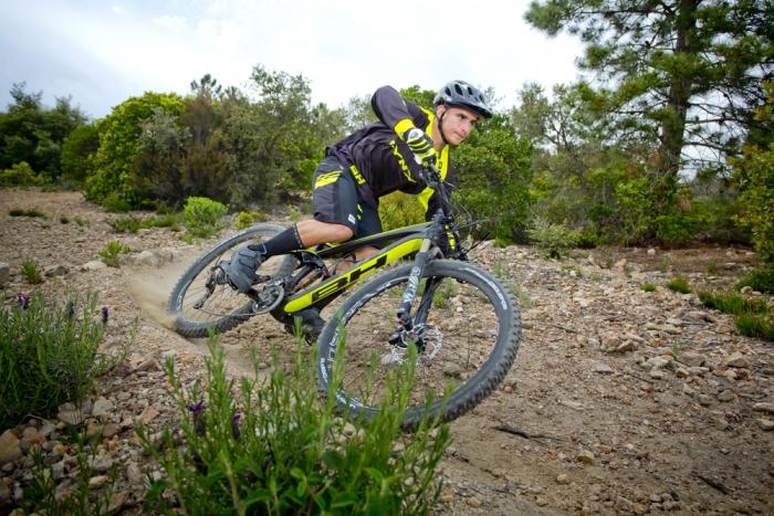 Велоиндустрия: Eвробайк 2015 - BH Bikes, Deuter, TSG