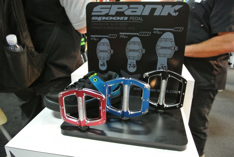 Блог компании AlienBike.ru: Обзор ассортимента педалей-топталок.