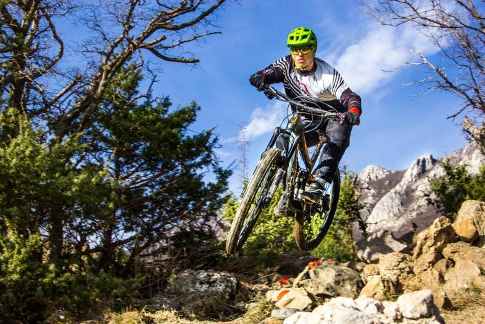 Блог им. Dustman: Раскатка перед сезоном и ДХ гонка по Черногорски
