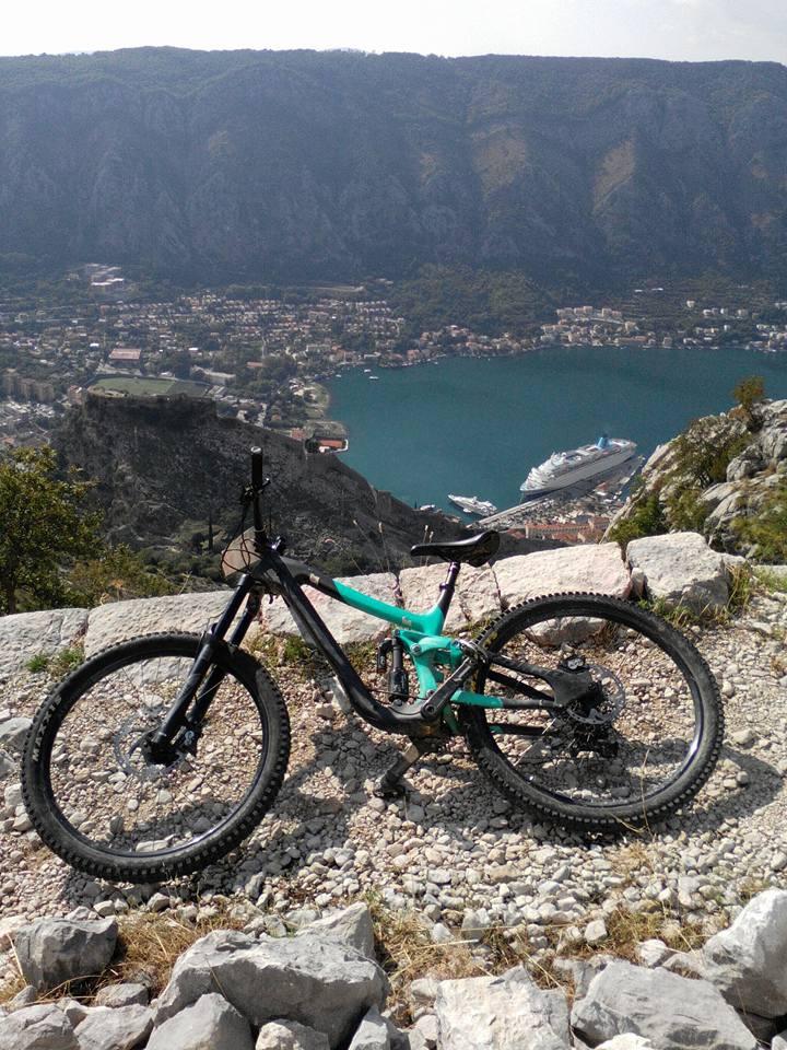Блог им. Dustman: Sutorman DH - даунхилл по-черногорски