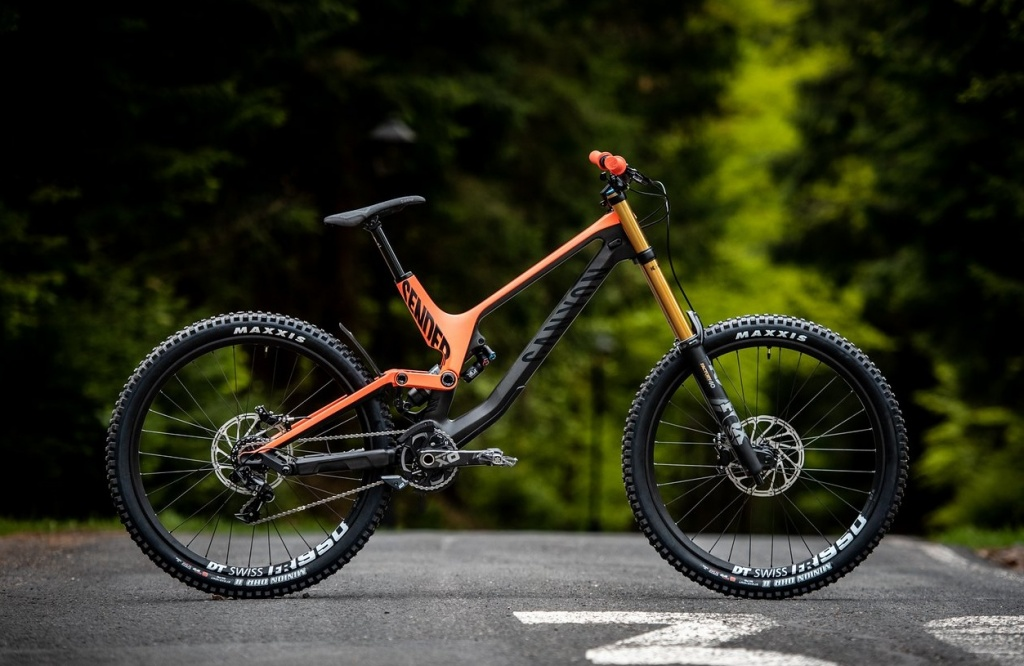 CANYON Bikes: CANYON Factory Team: за кулисами EWS