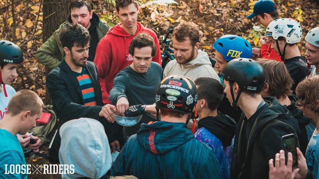 Блог им. radiattion: Экзамены в Dirt Школе от Loose Riders(2)
