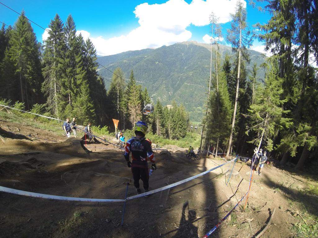 #Borsch: Даунхилл. Нарезка моментов с тренировочных заездов Val di Sole