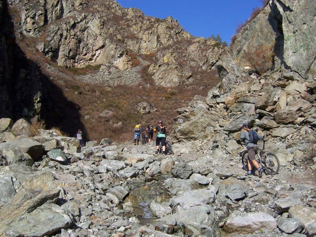 Места катания: МТБ путеводитель по Алтаю, часть 3. Корни и грязь