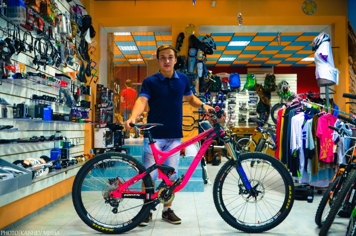 [we are] the road crew: Commencal Meta SX - история розовой няши