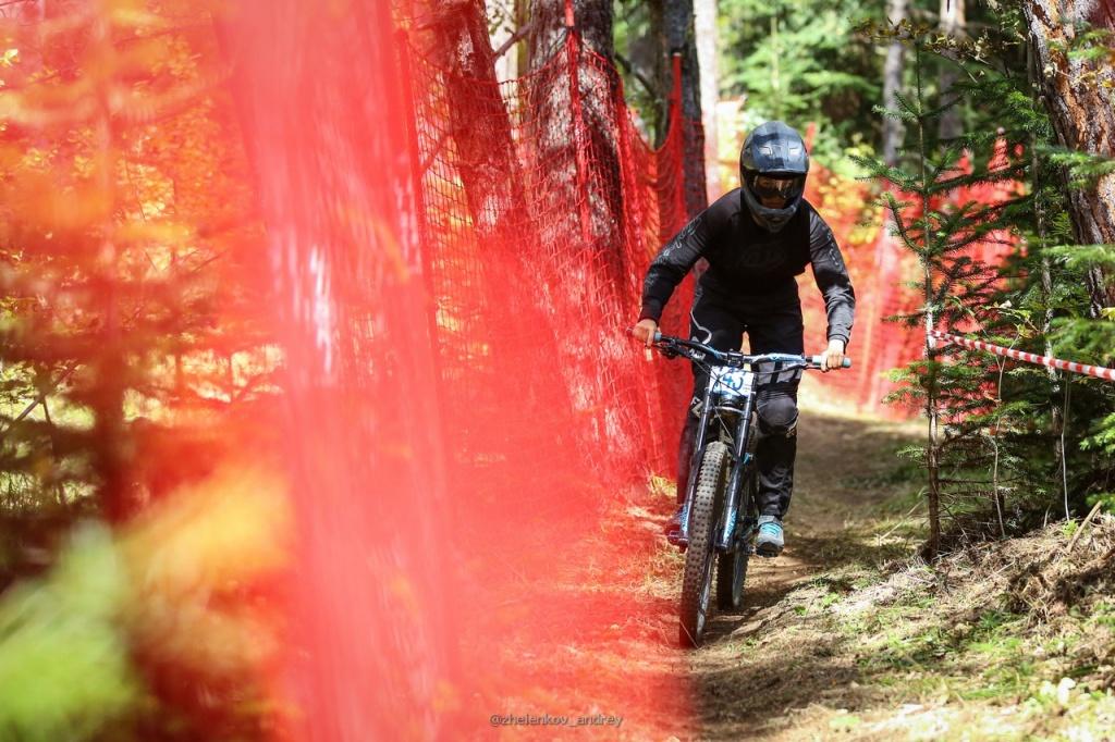 Блог компании Велоцентр Чемпион: Анонс учебного даунхильного лагеря КАВКАЗ