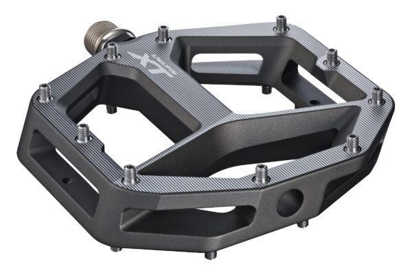 Новое железо: Shimano показала новые педали и обувь для гравити.