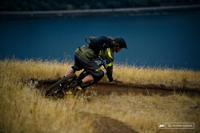 [we are] the road crew: Визит журналистов Pinkbike в штаб-квартиру Dakine