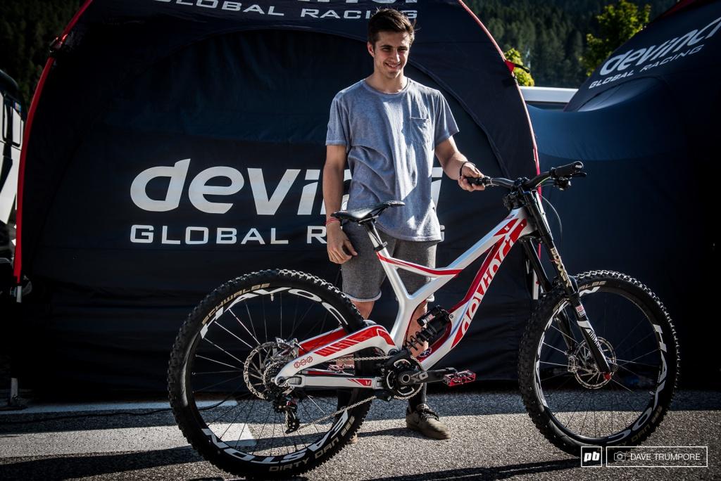World events: Велосипеды участников ЧМ 2016 по даунхиллу