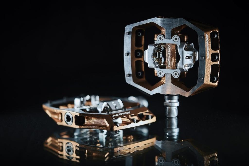Новое железо: Nukeproof выпустили контактные педали
