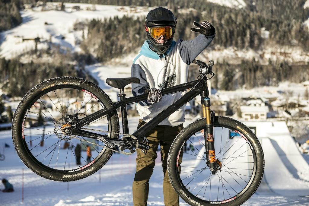 World events: 17 велосипедов с White Style 2017