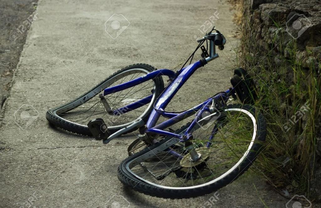 О горном велосипеде: Каким образом исправить восьмерку на колесе и поменять спицы?