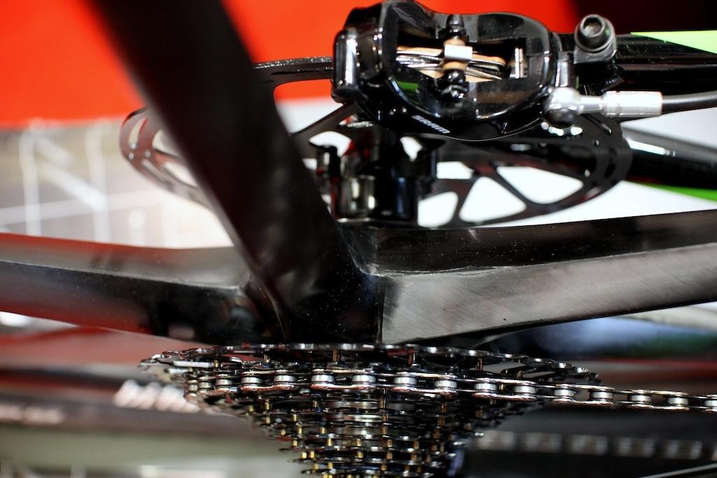 Новое железо: Eurobike 2017: Bike Ahead Composites вернули 2007 с литыми ободьями