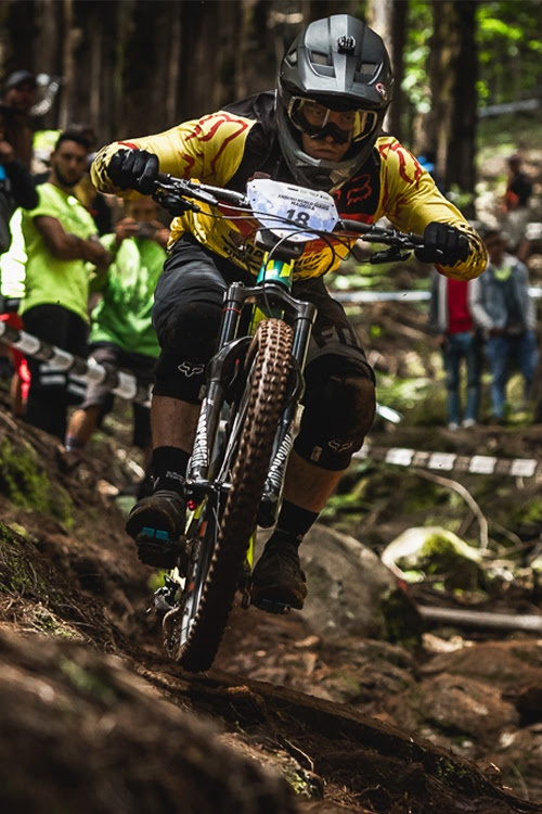 Профайлы и интервью: 3 этап Enduro World Series: глазами атлетов FOX