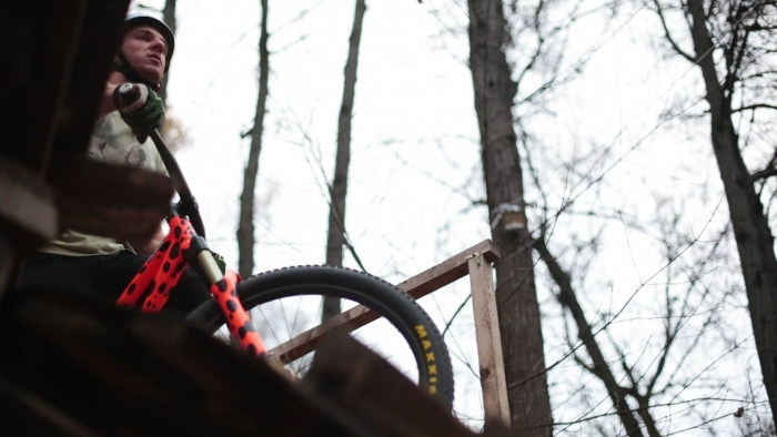 pavel alexin orange bike