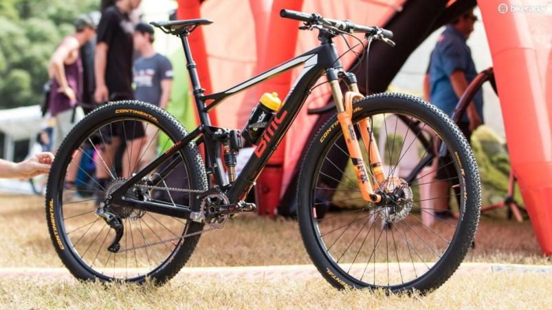 Блог компании Bike-centre.ru: Обзор про-байка BMC Fourstroke 01 Жульена Абсалона