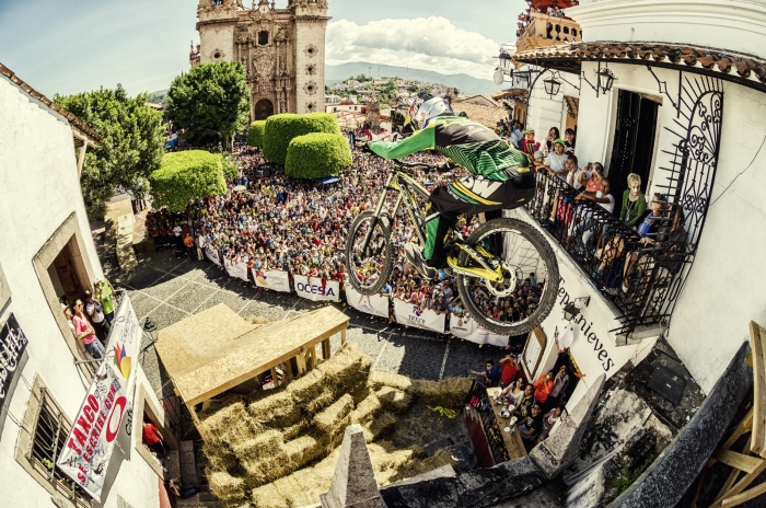 Блог компании Триал-Спорт: GT: Бернардо Круз – победитель Taxco Urban Downhill!