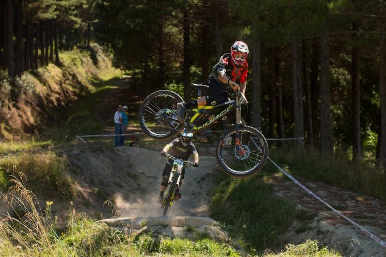 Блог компании Триал-Спорт: Norco: Сэм Бленкинсоп на подиуме второго этапа кубка Новой Зеландии по DH