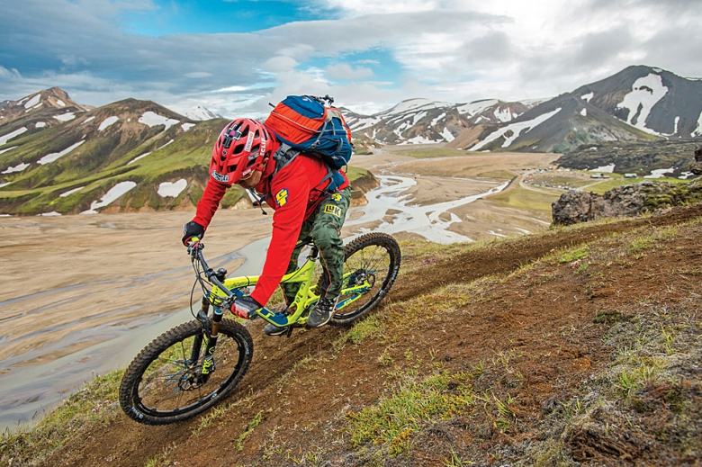 Блог компании Триал-Спорт: GT: Ханс Рэй и приключение в Исландии – дикое, но симпатичное