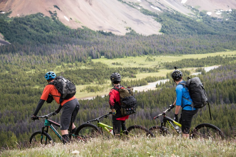 Блог компании Триал-Спорт: Norco: «Приключения начинаются здесь»: поездка победителя конкурса в горы Южного Чилкотина