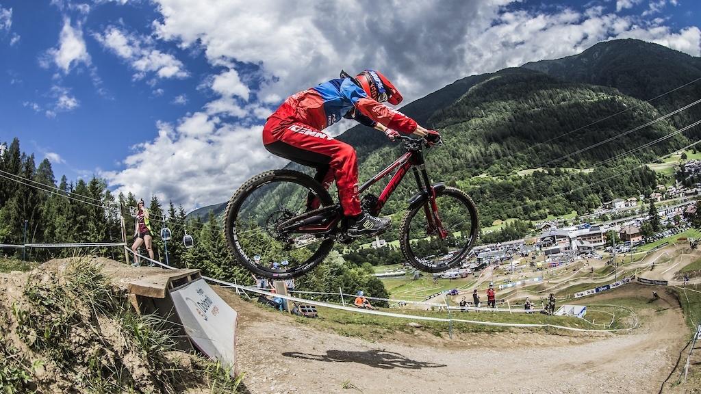 Блог компании Триал-Спорт: Norco Factory Racing на Кубке Мира в Вал ди Соле