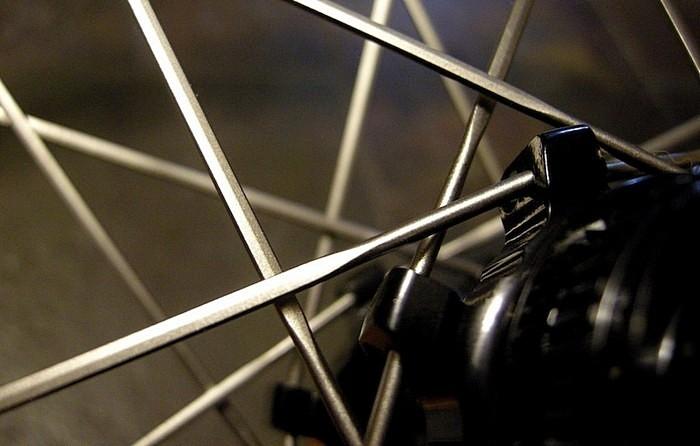 Велоиндустрия: Pinkbike: беседы о спицах с компанией DT Swiss