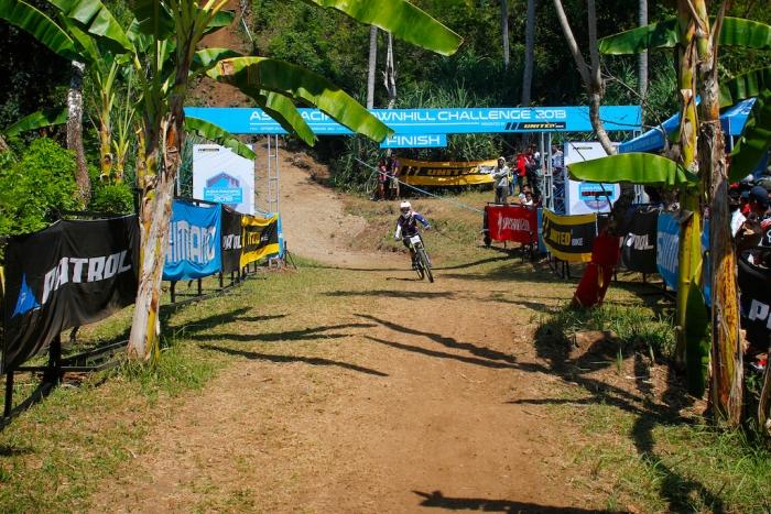Профайлы и интервью: Гонка в Бали глазами Трэйси Ханны