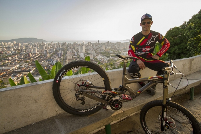 World events: Mick Hannah на Urban City Downhill World Tour