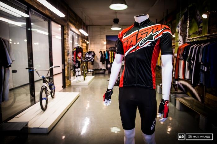Велоиндустрия: Первый взгляд на Alpinestars 2014