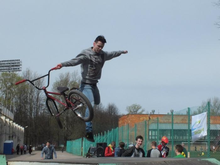 Наши гонки: Мир! Труд! Катай! 1 мая «Park Flight III» г. Псков